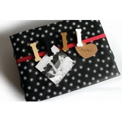 12 etiquettes cartonnées marquage cadeau