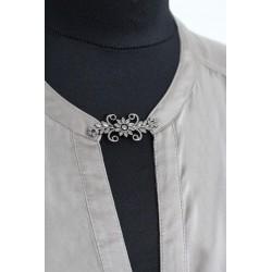 Fermoir crochet en métal filigrane antique