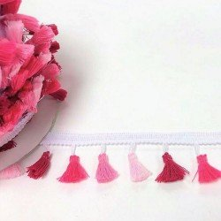 Galon à pompons roses