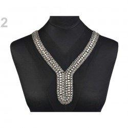 Application encolure goutte perles et cristaux