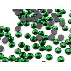 10 g strass hotfix 6 mm thermocollant a facettes vert