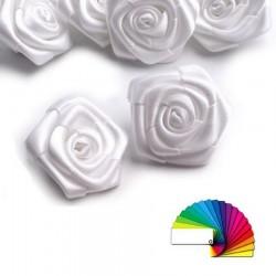 5 petites roses satin 30 mm